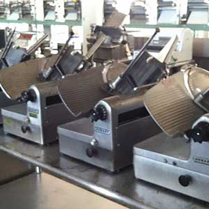 We have a good selction of Preowned Hobart slicers, Hobart food cutters, Hobart Peelers reconditioned by our technicians
